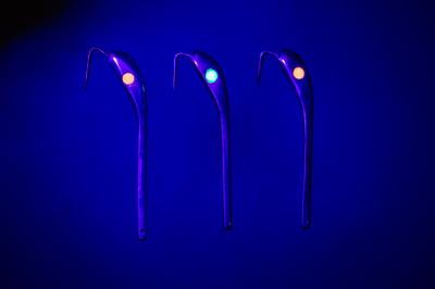 Блесна Огонь 3 см UV-вставка